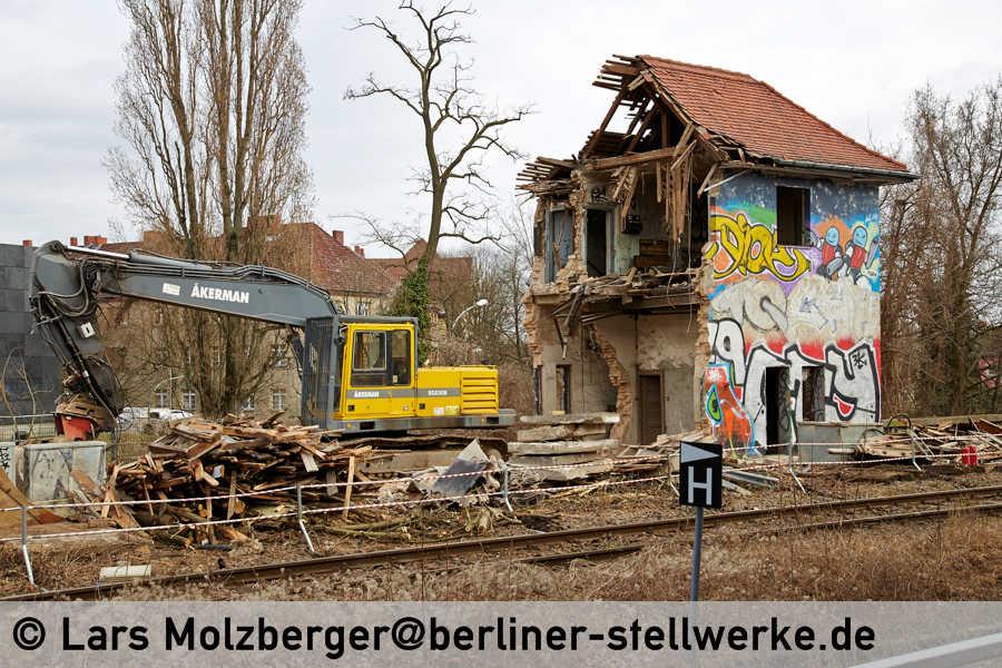 drehscheibe online foren 01 news abriss stellwerk tfd in berlin m1b. Black Bedroom Furniture Sets. Home Design Ideas