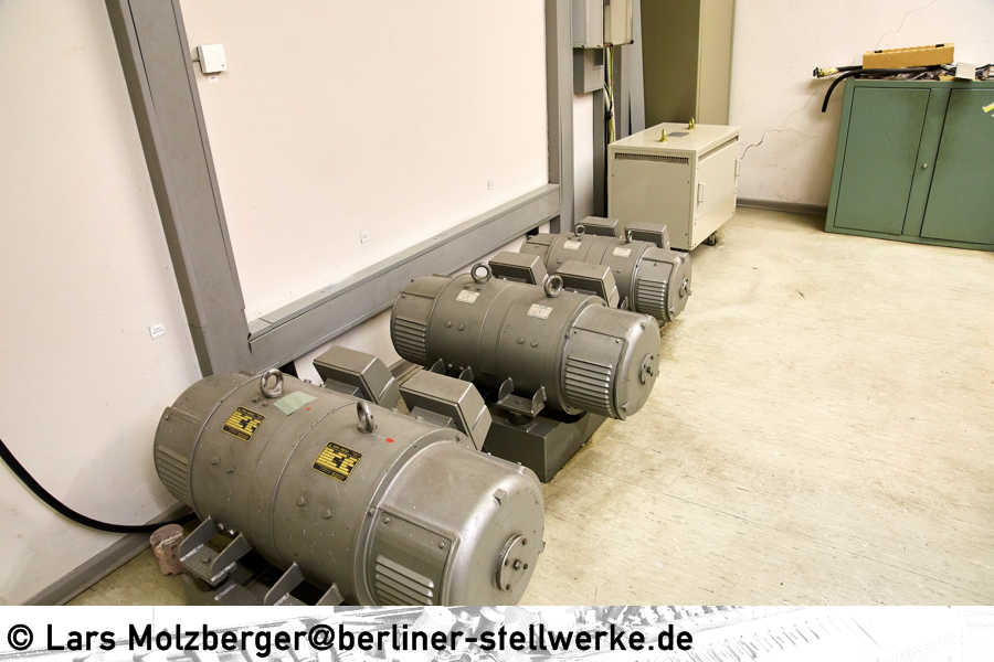 Relaisraum-Mf-004