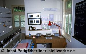 Wai-1987-05-23_01001