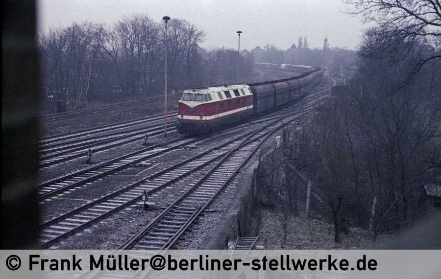 FM_1982-03-07_04-030_Neg01