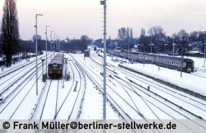 FM_1985-02_38-002_Neg